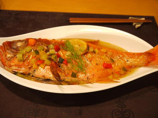 金目鯛の香草焼きスープ仕立て