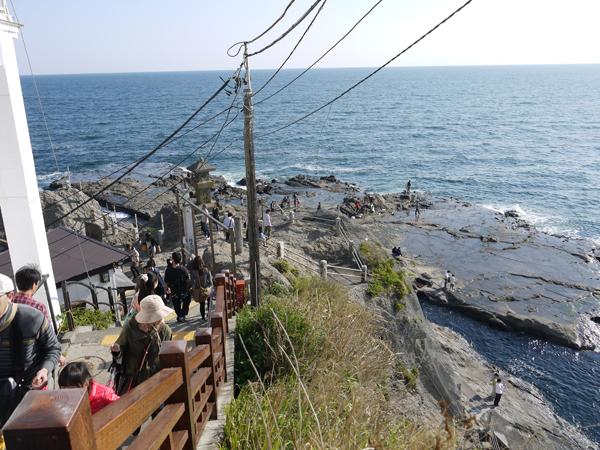 御岩屋道からの海