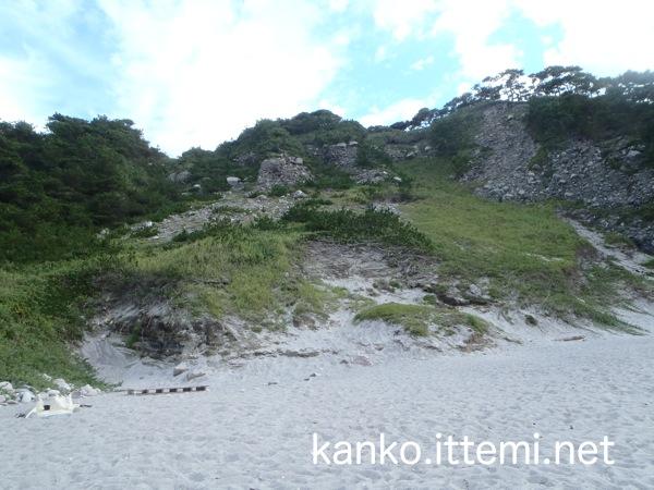 中ノ浦海水浴場の砂浜2