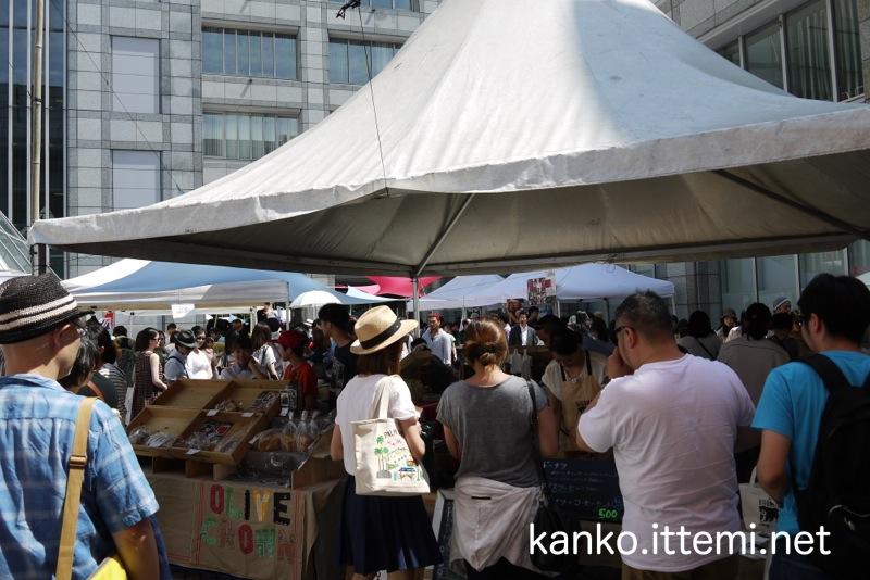 青山パン祭り(混雑1)