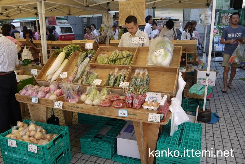 青山ファーマーズマーケット 八百屋2