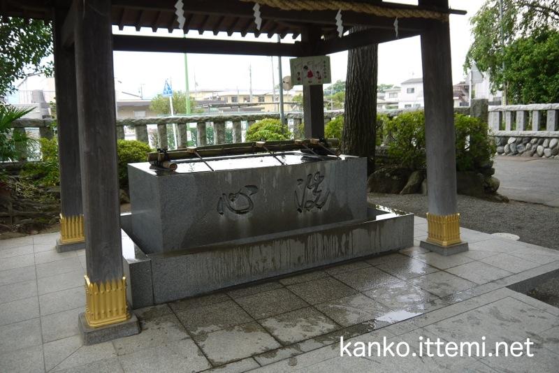 鈴鹿明神社 手水舎
