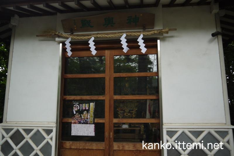 鈴鹿名神社の神輿殿
